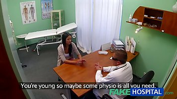 Hidden camera in a hospital filmed a sex doctor and young brunette
