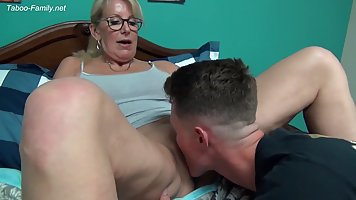 Mommy with big milkings after Cooney substitutes pussy for hard cock