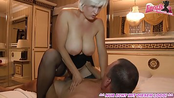 Blonde mom with big milkings spreads her legs in stockings for real fuck